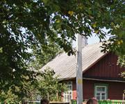 Двухквартирный деревянный дом в районе Центрального ж/д вокзала