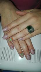 Наращивание ногтей,  коррекция,  покрытие ногтей гель-лаком,  педикюр.